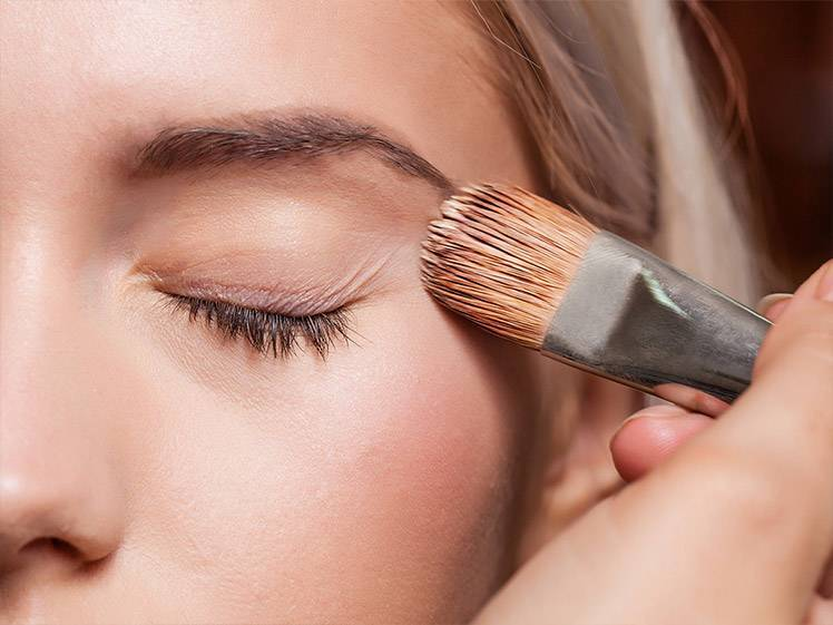 5 Essential Makeup Brushes Every Beauty Junkie Needs