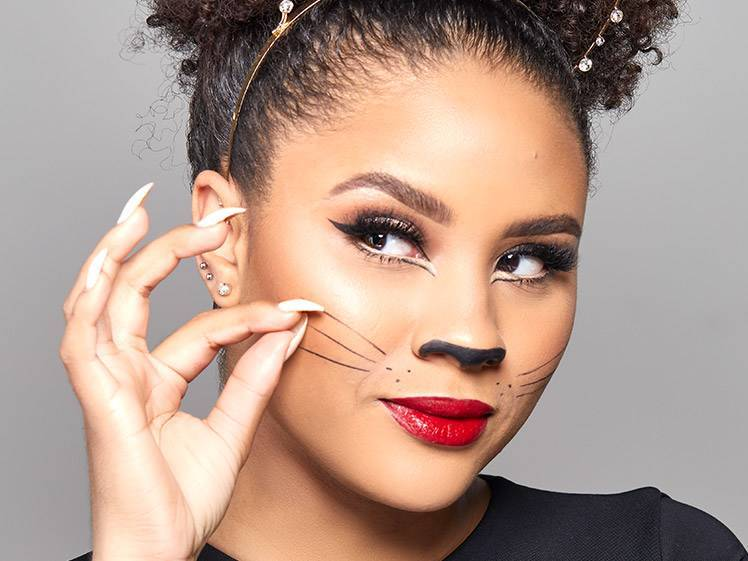 The Easiest Halloween Cat Makeup Tutorial — In Only 4 Steps!