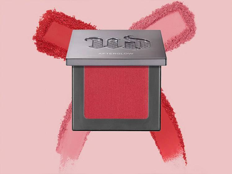 6 Red Blushes That Will Get You Ready for Fall WIth Just One Swipe