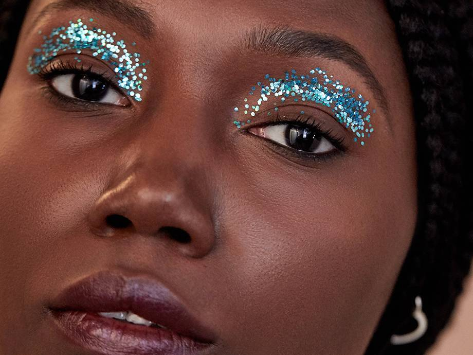 3 Unexpected Ways to Add Glitter to Any Holiday Makeup Look