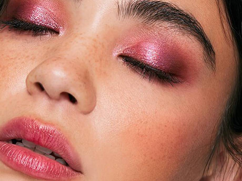 Our Favorite New Year's Eve Makeup Tutorials to Copy This Year
