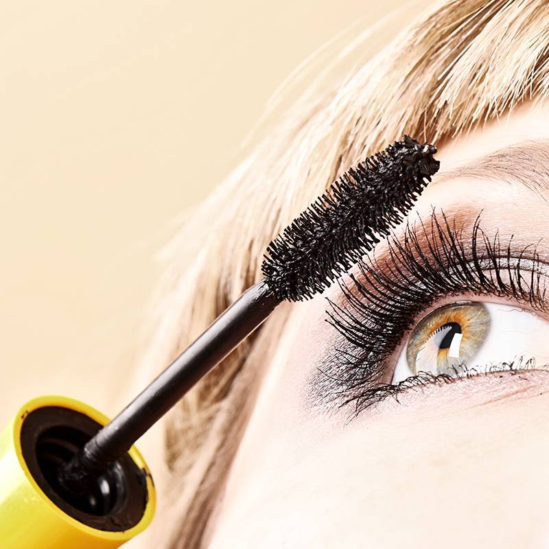 14 Ways to Take Your Mascara to the Next Level