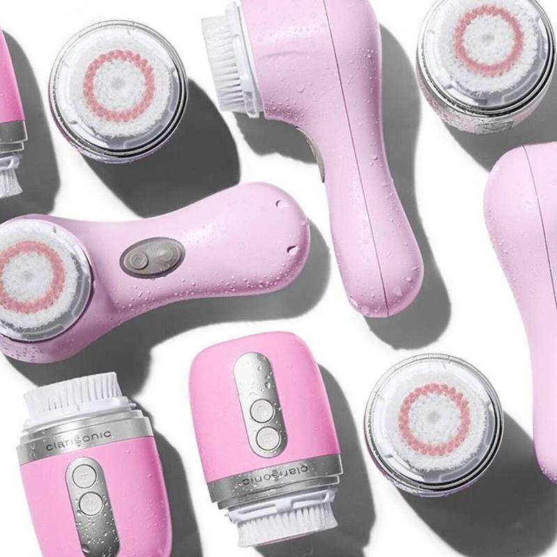 This Is How to Use a Clarisonic Cleansing Brush the Right Way