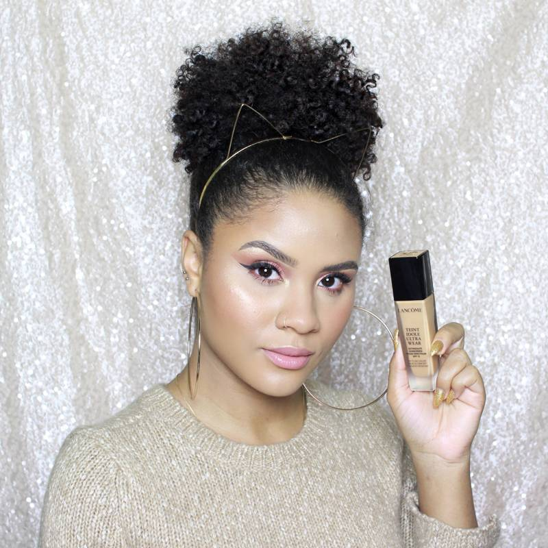 M Crowd Video: 3 Foundation Hacks to Swear By This Winter — Using Lancôme Teint Idole Foundation