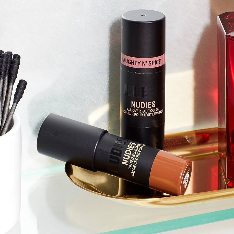 These 2 Products Will Help You Create a Totally Brushless Makeup Routine