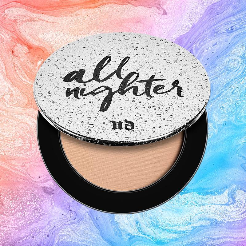 The New Urban Decay Setting Powder Will Make Your Foundation Basically Everything-Proof