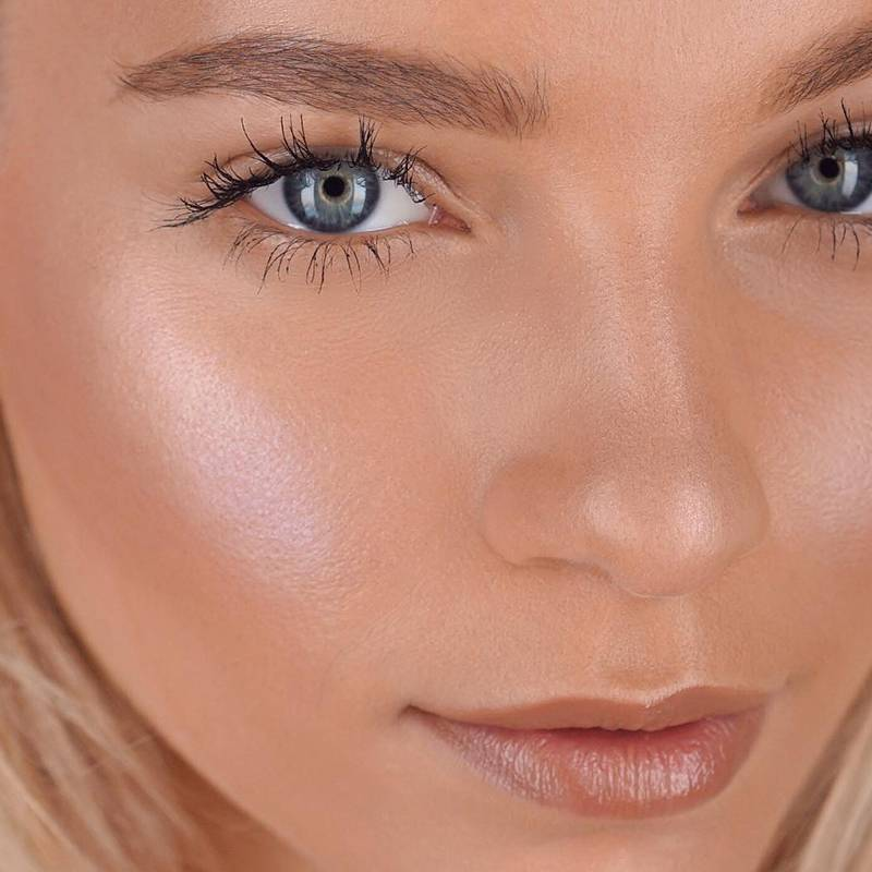 5 Best Sunless Tanners That Deliver a Sunkissed Glow