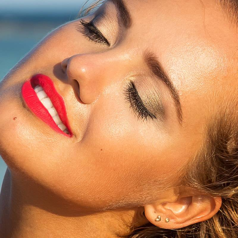 7 Face Sunscreens We Love — That Don't Leave Skin Looking Ashy