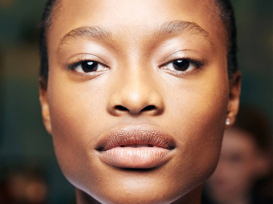 8 Serums That Will Instantly Give You the Look of Glass Skin