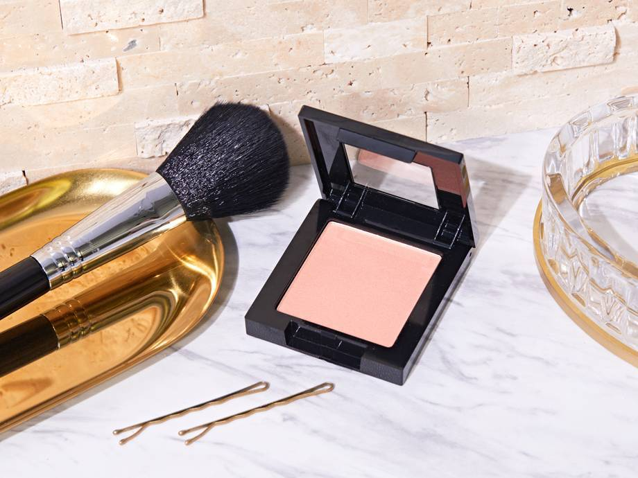 How to Warm Up Your Complexion With Maybelline Fit Me Blush
