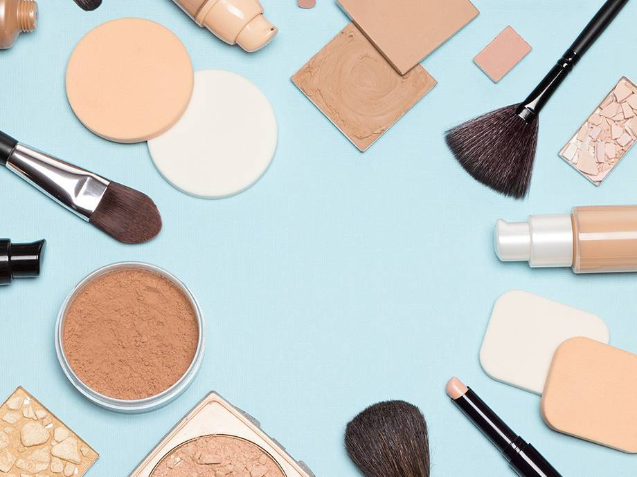 CVS Is Giving Away Free Makeup as a GWP and We're Not Freaking Out, You Are