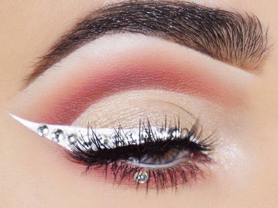 Rhinestone Makeup Looks And Ideas