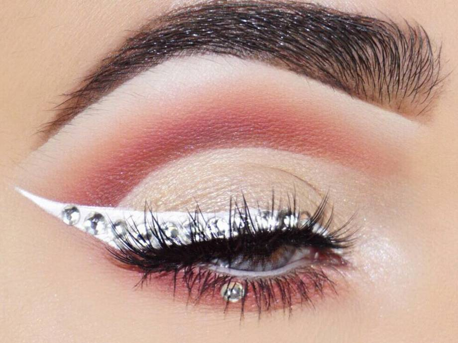 Your Weekend Plans: Recreating One of These Rhinestone Makeup Looks