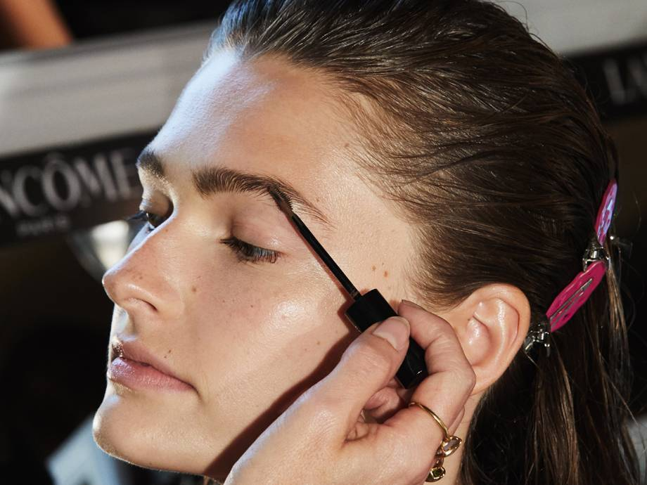 Eyebrow Waxing 101: What You Should Know Before You Go