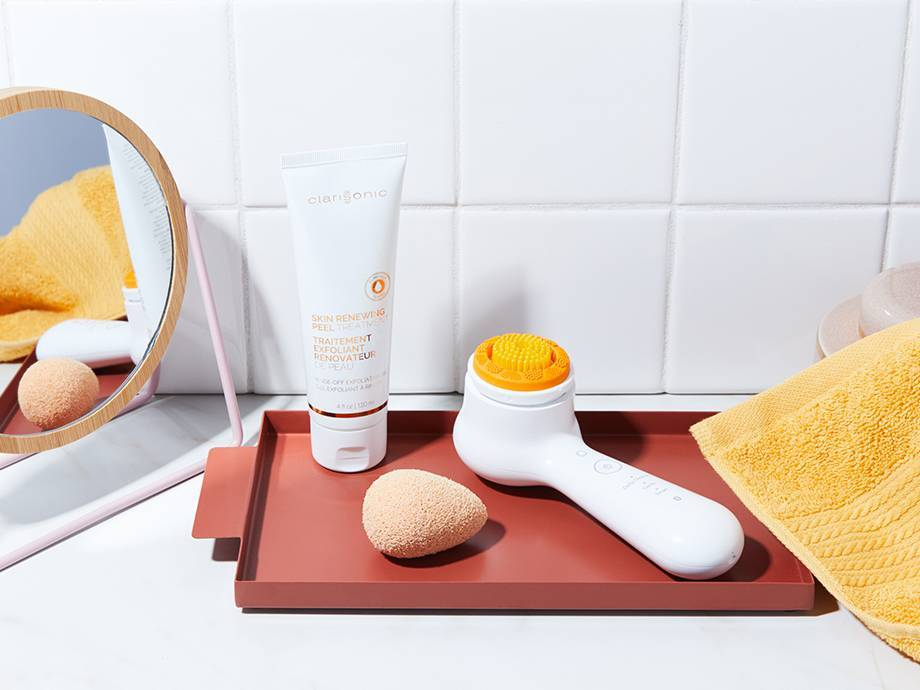 Clarisonic Exfoliating Brush Head And Peel Wash Review Makeup Com