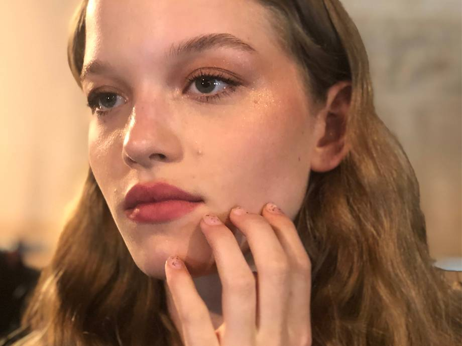 The Simplest NYFW-Approved Nail Look to Recreate This Weekend