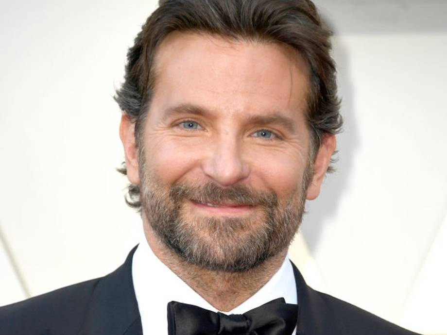 Dudes, Take Notes: How to Recreate Bradley Cooper's Pushed-Back Hairstyle