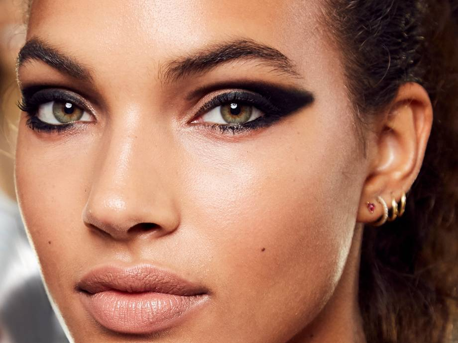 5 Black Eyeshadows To Add To Your Eye Collection STAT