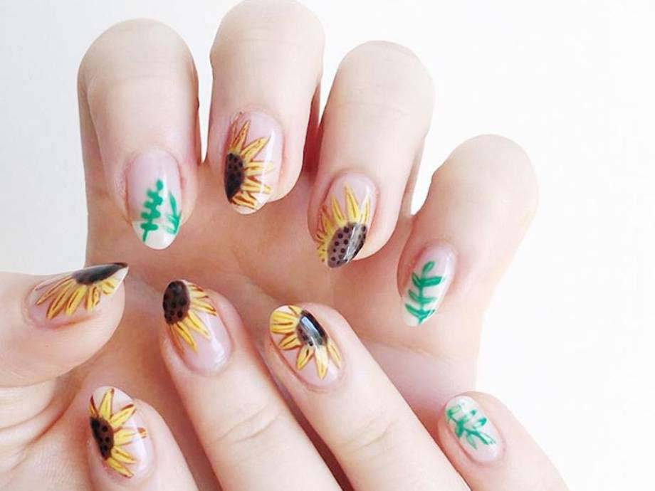 8 Sunflower Nail Art Looks to Try This Spring