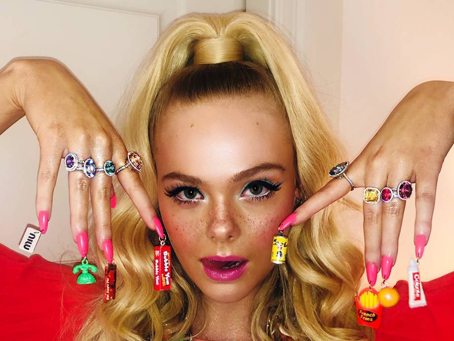 6 Acrylic Neon Nail Looks That Are a Whole Summer Vibe