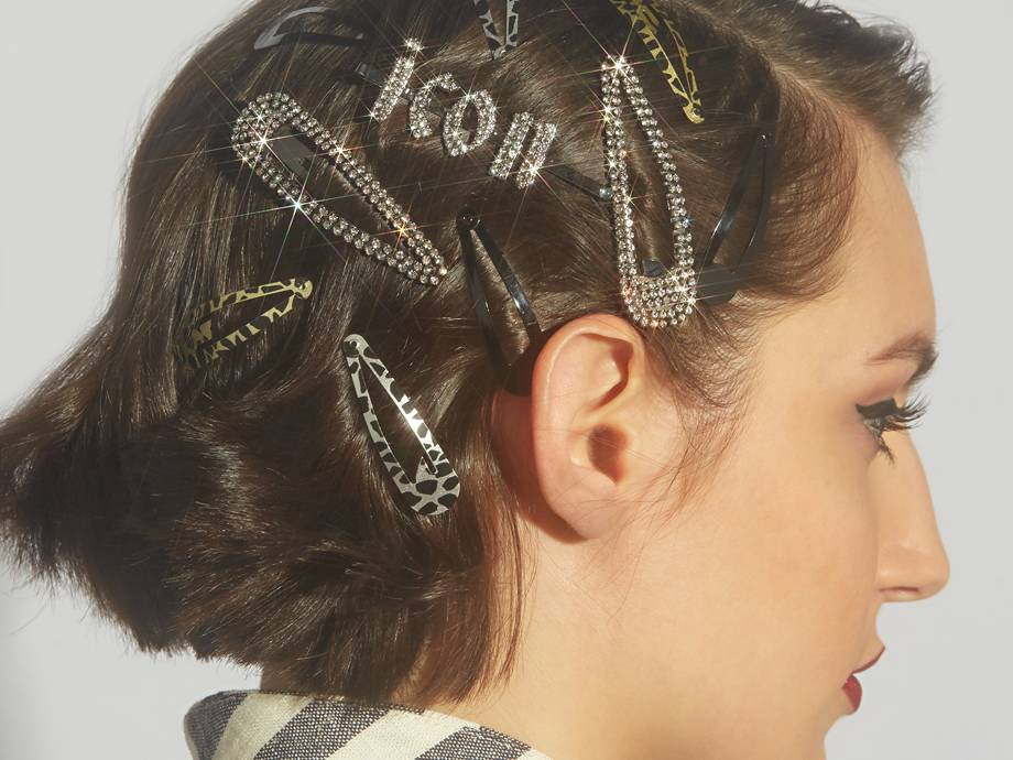 Hair Clip Accessories That Will Take Your Summer Hairstyles Up a Notch