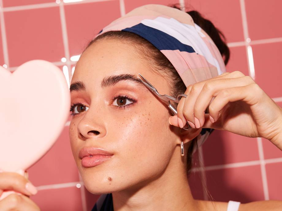 How to Trim Your Eyebrows at Home | Makeup.com