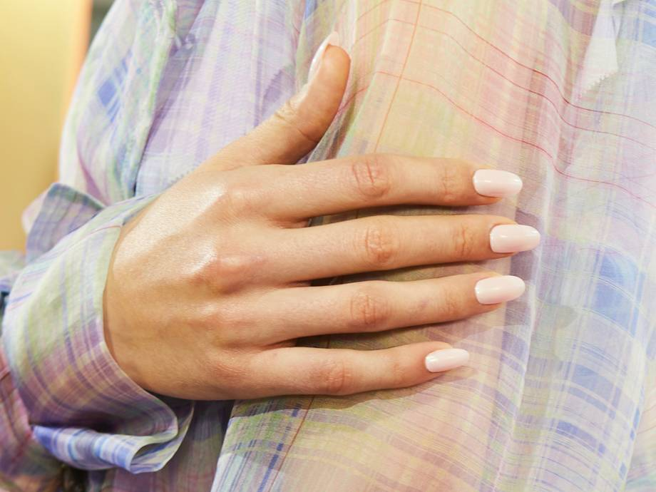 How to Fix a Chipped Nail (or Fake an Entire Mani) in a Pinch