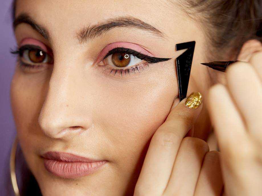 6 Winged Eyeliner Hacks That Will Help You Master the Look
