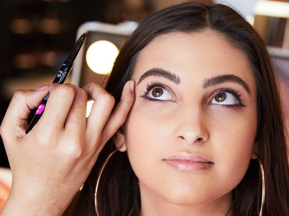 7 Beginner-Friendly Brow Products We're Obsessed With