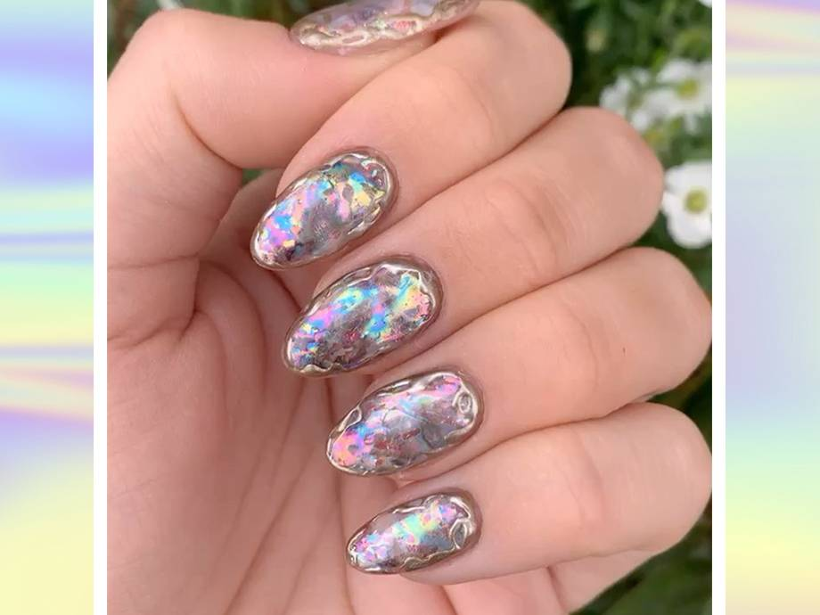 holographic-nail-ideas