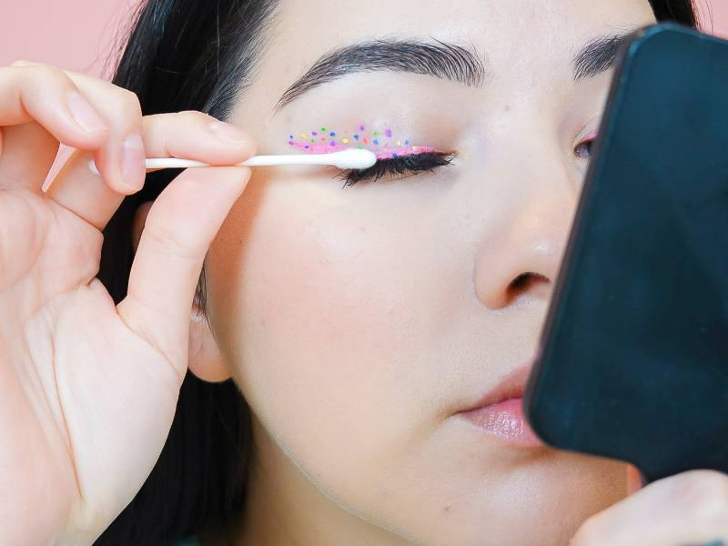 Beauty Q&A: Can I Remove Eyelash Extensions at Home?
