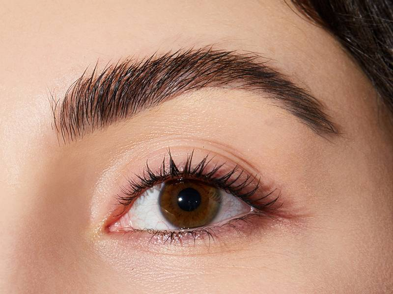 Eyebrow Waxing vs. Threading — Which Is Better?