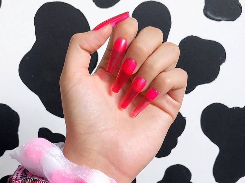 How to DIY the Jelly Nail Trend With Just 2 Products
